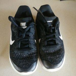 Kids Nike Free Runs